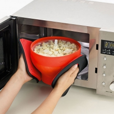 Popcorn maker for the microwave