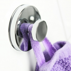 Suction cup towel hanger