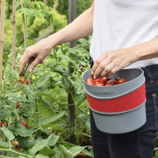 Hands-free bucket for Harvesting and Deadheading